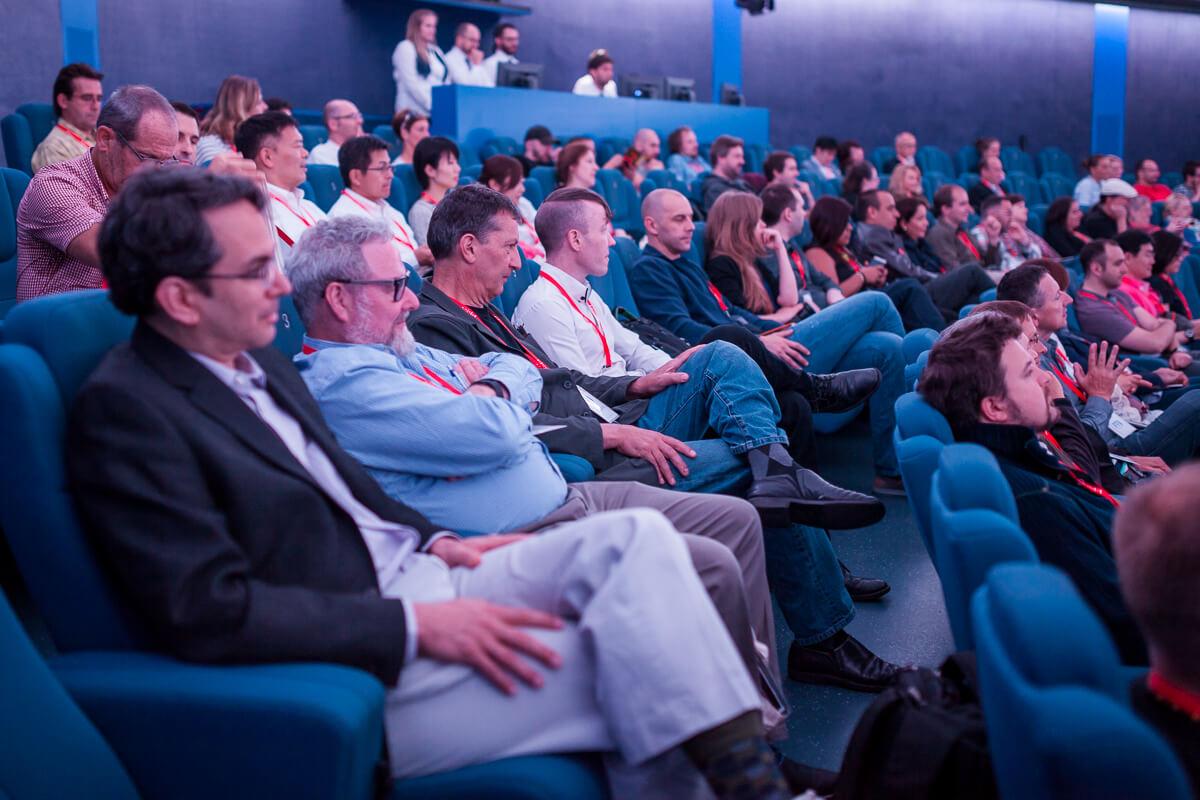 Public at the Brno Planetarium