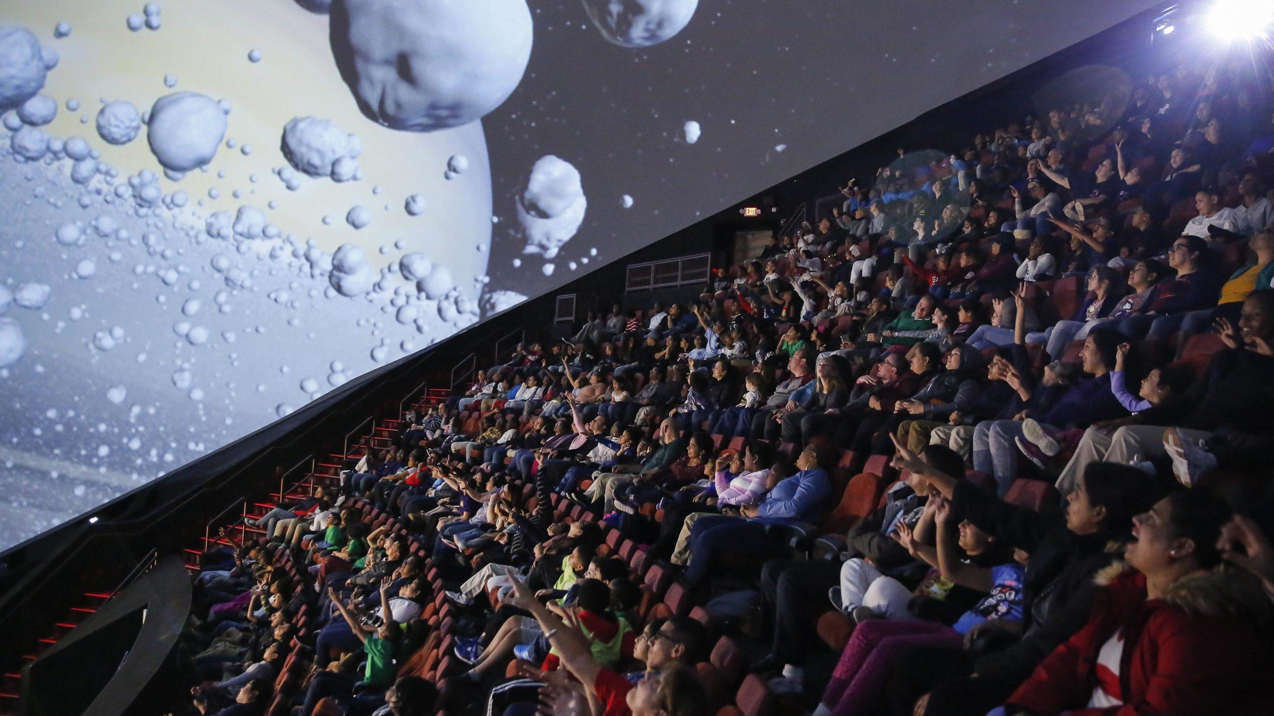 img news fulldome stem-educator-planetarium-position-open-at-liberty-science-center