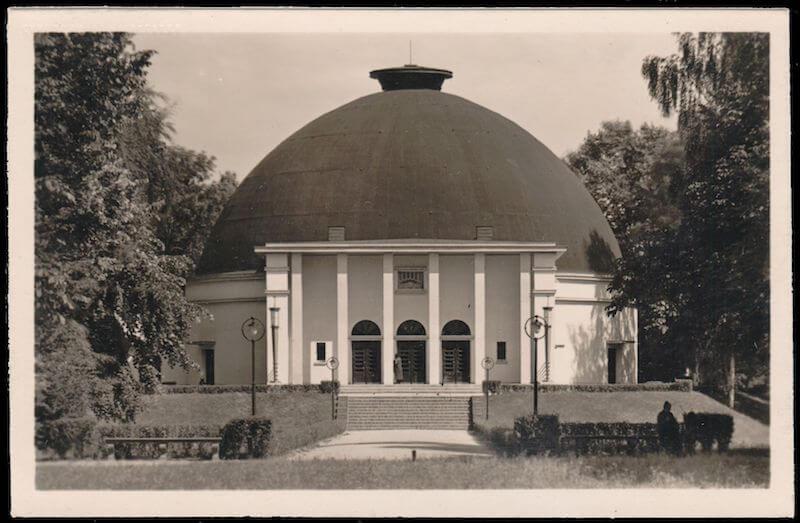 The Mannheim Planetarium (1933)